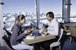 Big Business oder Small Talk im Gipfelrestaurant am Kitzsteinhorn